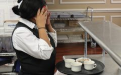 5 Times Customers Serve their Waiters Headaches