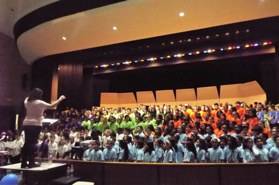 Students+from+all+NAHS+schools+come+together+to+perform+at+the+NAHS+Choir+Festival.+