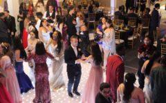 Seniors Light Up 'Chataeu' at '19 NAHS Prom