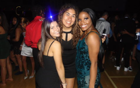 Students Celebrate Homecoming '19 'Under the Stars' of the Gym